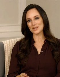 Madeleine Stowe Encourages MS Caregivers to Pursue Passions